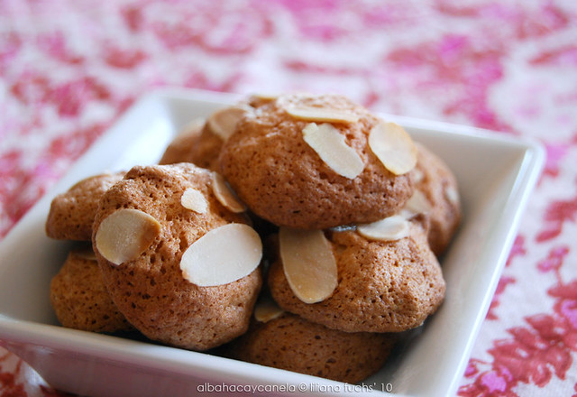 Almond orange cookies