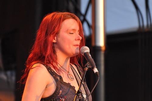 Carolyn Wonderland at Ottawa Bluesfest