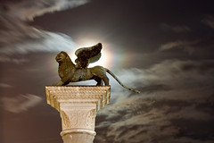 Venezia! Lion of St. Mark, Column of San Marco, Venice, Italy (AGrinberg) Tags: venice italy night lion fullmoon piazza winged venezia sanmarco stmark wingedlion 25seconds 0393lionstmark