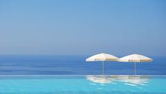 Sono andata in Sicilia per stare in piscina (Joe[insanely]) Tags: mare estate piscina sicilia marea gioiosa grandavalonsikanì