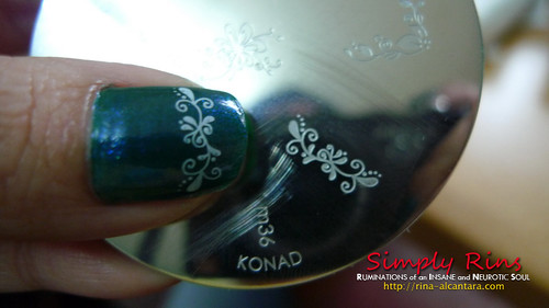 Nail Art - Aqua Green with Konad 02