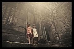 Ray Of Light in Angkor Cambodia (Nizam Photographics) Tags: light kids canon photography cambodia ray mark ii 5d photojournalist