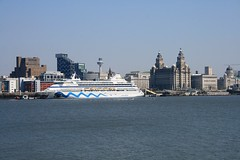 Ships on the Mersey (bill.cowpland) Tags: building liverpool buildings river waterfront ships liver cunard mersey