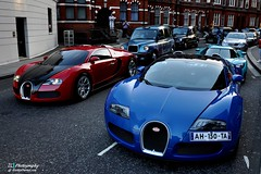 When Bugattis meet each other... (Jan L. | JLPhotography.) Tags: auto greatbritain summer london car nikon harrods exotic jl bugatti rare supercar sportscar 2010 veyron arabs englang gransport carspotting d90