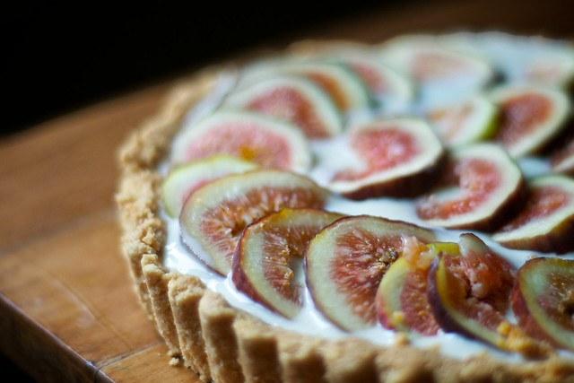 Fresh Fig Tart with Almond Crust