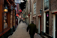 Molensteeg Red Light District Amsterdam (martin alberts1) Tags: amsterdam sex redlightdistrict 1012 hookers alleys steeg stegen wallen prostitutie hoerenbuurt amsterdampictures martinalberts molensteeg fotosvanamsterdam postcode1012