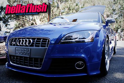Blue Audi TT-S