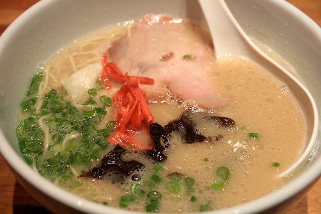 Ippudo Shiro (White) - the original tonkotsu soup with Hakata-style thin noodles, Rosu Chashu (pork loin), cabbage, black fungus and spring onion