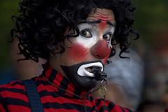 Sorpresa (Jesus Guzman-Moya) Tags: portrait man face mexico interestingness retrato clown veracruz payaso hombre rostro xalapa i500 chuchogm jesusguzmanmoya