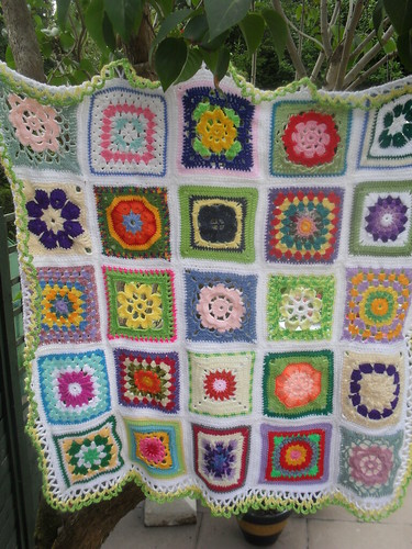 Aren't these Squares just so lovely? ......> (Please 'add note' to your Square!)..........>