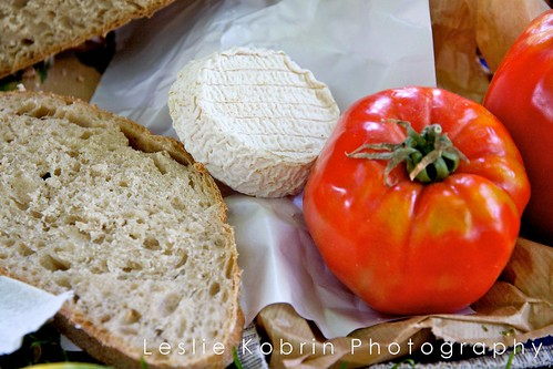 Le Pain, Fromage, et Tomate