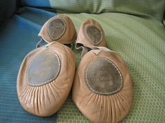 IMG_1578 (myshoecollection) Tags: balletslippers danceshoes bloch elastosplit