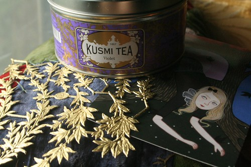 Kusmi tea, golden leaves, + an Earles girl