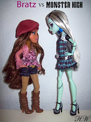 Bratz VS Monster High (Fashion_Luva) Tags: fashion monster high dolls vs mattel bratz 2010 mgae
