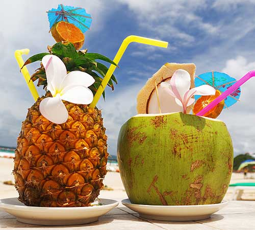 ss-30799516-tropicalDrinks