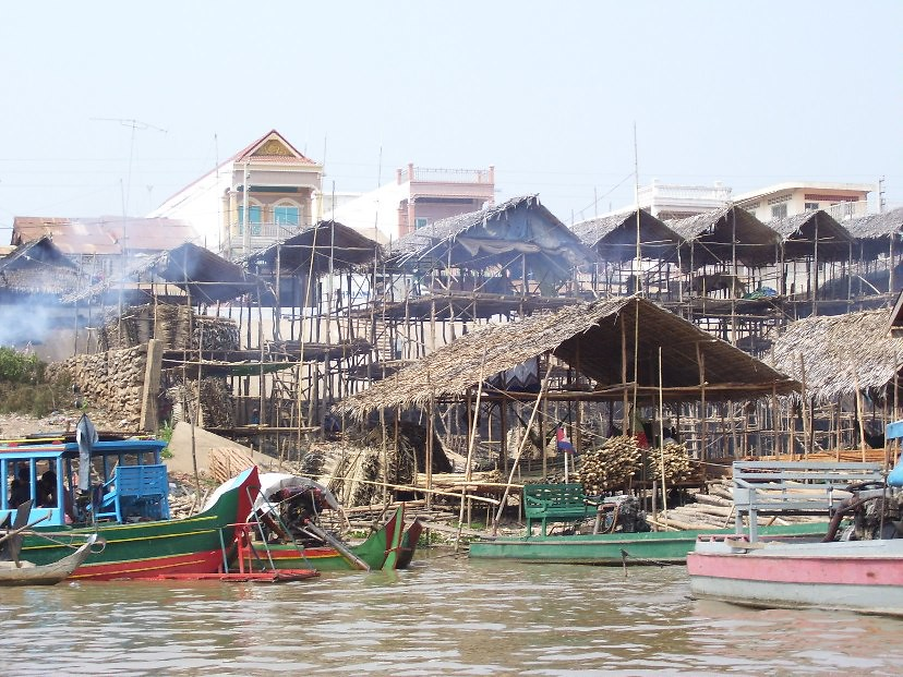 The riverside, Kompong Chhnang