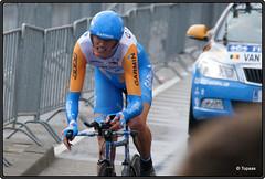2010-07-03 Tour de France 2010 - Proloog - 213 (Topaas) Tags: rotterdam tourdefrance kopvanzuid wielrennen afrikaanderwijk rijnhaven posthumalaan proloog tijdrit johanvansummeren granddpart hillekop tourdefrance2010 granddpart2010 proloogtourdefrance2010