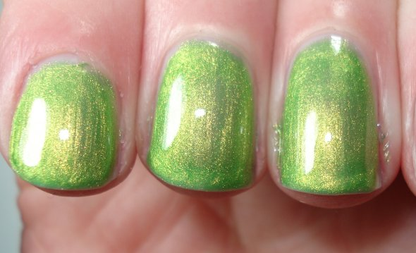 From index to ring : Maybelline Go Go Green, Appletini Time, Key Largo ...