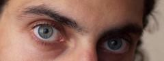 Ojo por Ojo (mirgeam) Tags: leica portrait selfportrait eyes bokeh retrato f14 autoretrato olympus ojos summilux 50mmf14 25mm e620 mirgeam