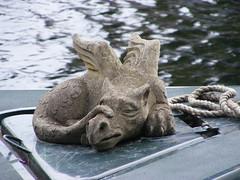 DSCF0691 (monkeywing) Tags: sleeping statue river dragon houseboat lee lea
