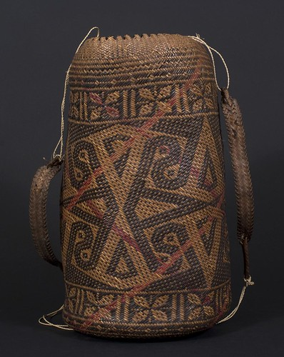 //Ajat basket//, Penan people. Borneo 20th century, 15 (cm) diameter by 30 (cm) height. From the Teo Family collection, Kuching. Photograph by D Dunlop.