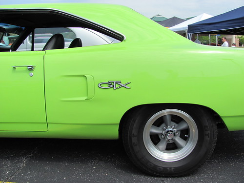 Plymouth GTX At Route Classic Car Show Crestwood - Route 66 classic car show