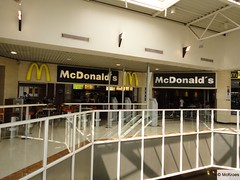 McDonald's La Garde C.C. Grand Var 1120 chemin des Plantades (France)
