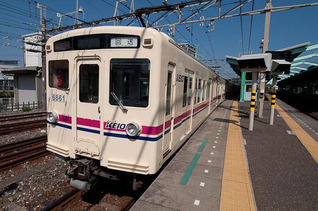 京王電鉄6000系6411F 高幡不動へ回送される – 2010年8月22日