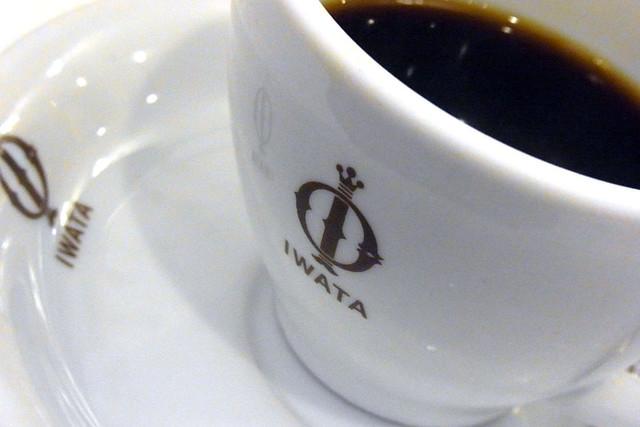 100625_132903_イワタコーヒー店