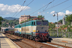 Trenitalia E655.484 (Transport Pictures) Tags: railroad italy train rail railway locomotive treno trenitalia ferrovia locomotiva e655
