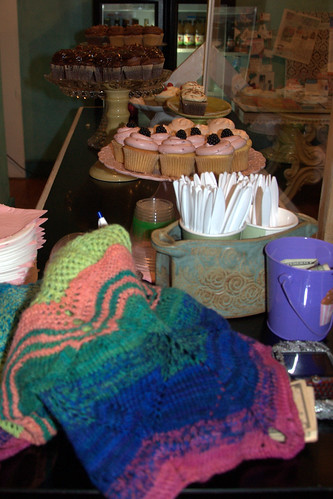 the shawl got cupcakes at lavender moon cupcakery