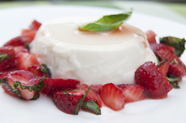 Lemon Basil Panna Cotta with Strawberries | Tiffin Tales