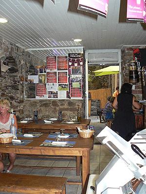 tables de bois au coco vert.jpg