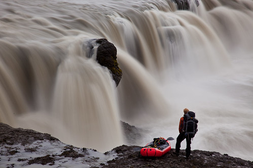 Packrafting the River �j�rs�