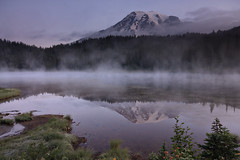 Mt Rainier Pre-Sunrise (palegreenstarz) Tags: mountain lake fog sunrise washington nationalpark rainier cascades 1020mm reflectionlakes 450d rebelxsi canonxsi