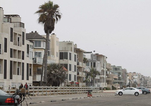 homes-along-venice-beach-rpn