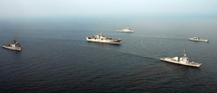 Ships of the Essex Amphibious Ready Group. (Official U.S. Navy Imagery) Tags: thailand navy armada formation sailor usnavy underway gulfofthailand marineros essexamphibiousreadygroup essexarg cobragold2011
