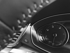 #Audi Q5 (Simon Gilgallon) Tags: audi q5 sline cockpit dash clocks speedo rev counter mileometer dashboard mono monochrome temp gauage steering wheel