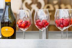 Wein mit Erdbeeren