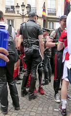 """bootsservice 17 1600393 (bootsservice) Tags: paris """"gay pride"""" """"marche des fiertés"""" bottes cuir boots leather sm caoutchouc rubber uniforme uniform"""