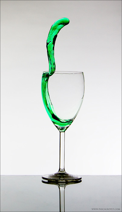 Sliding table I - Snake in a glass - Explore