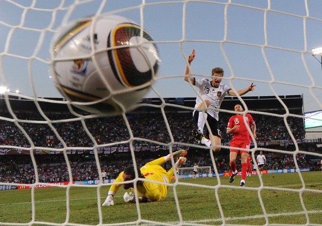 Thomas Mueller Alemania Inglaterra Mundial Fútbol Sudáfrica