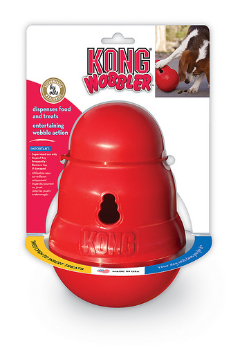 Kong Wobbler Package