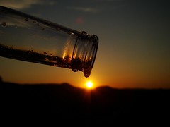 | Turning the lights out | (<ZOLEE/>) Tags: light sunset sun water beer turn out bottle amazing scenery drop 2009 ilovemypic