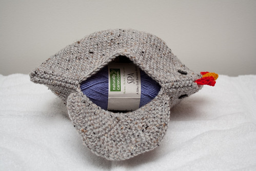 Chicken Clutch (Open, Side)