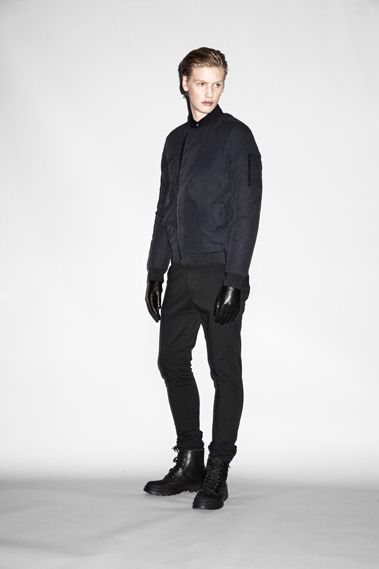 Michael Bostrom0004_WHYRED AW10(Jamool Life)