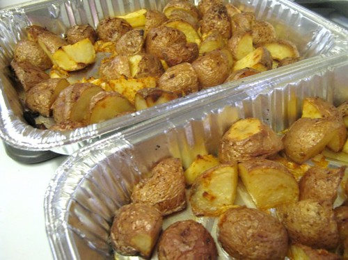 Oven Roasted Garlic Potatoes @ Chaya's Comfy Cook