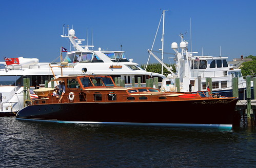 Aphrodite - Another Very Nice Wooden Boat