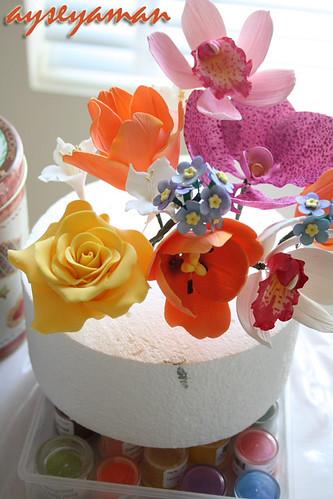şeker hamurundan çiçek modelleri