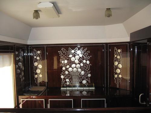 Bar car of 'secret' Orient Express - decor detail (France)